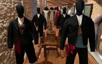 """""""Vestidos para celebrar"""", la nueva exposición de La Iglesuela"""